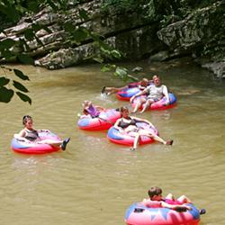 River_Romp_Tubes_and_Kayaks_Rentals_(002)